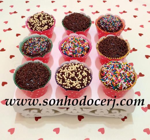 Blog_Cupcakes_Cobertos com Confeitos_4407[2]