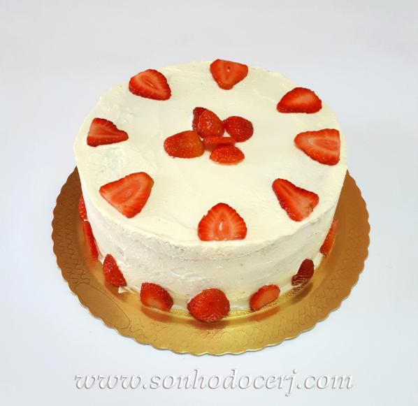 Blog_Torta_Morangos com Chantilly_164404[2]