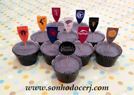 Cupcakes Game of Thrones com toppers!