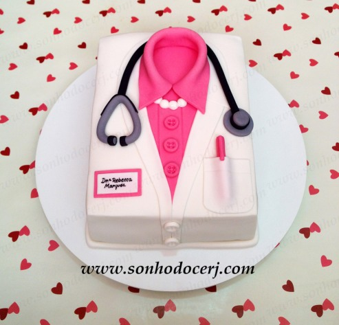blog_b203_bolo_jaleco-de-medica_52952