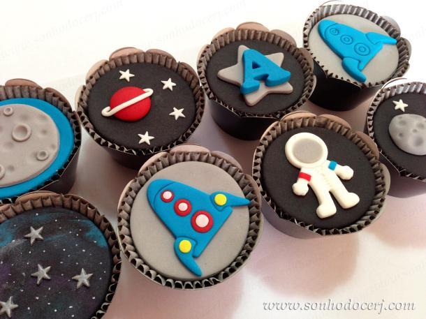 Blog_Cupcakes_Espaço_Astronauta_Foguete_0555[2]