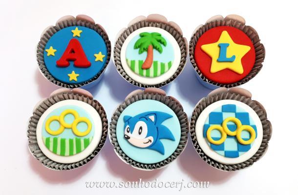Blog_Cupcakes_Sonic_161053[2]