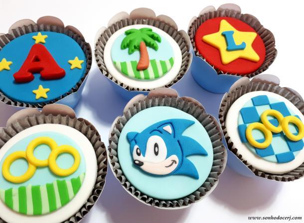 Blog_Cupcakes_Sonic_161357[2]