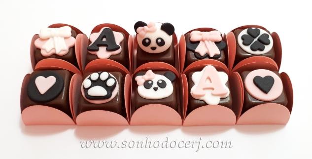 Blog_Bombom modelado_panda_103025[2]