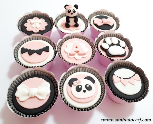 Blog_Cupcakes_Panda_113533[2]