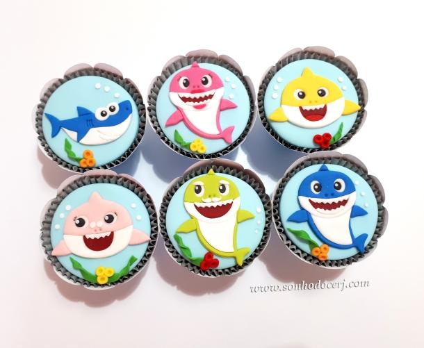 Blog_Cupcakes_Baby shark_151849[2]